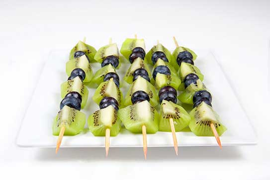 Kiwi Kabobs with Sweet Yogurt Dip